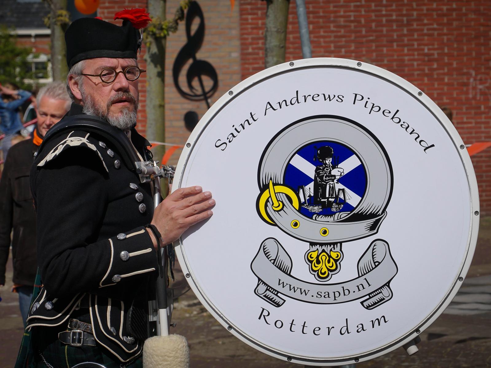 Saint Andrews pipe band
